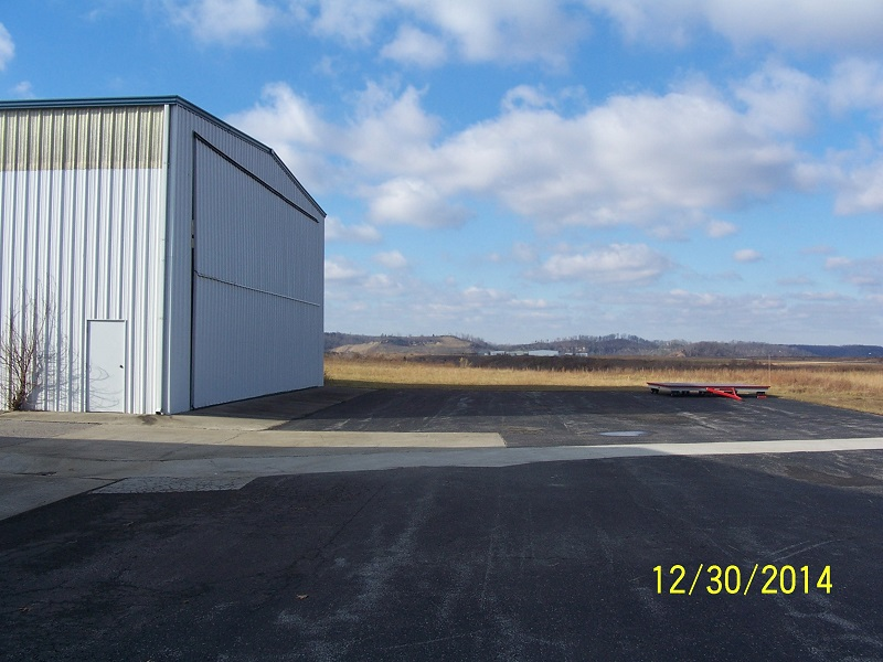 Hanger 21@ Wendell H. Ford Airport