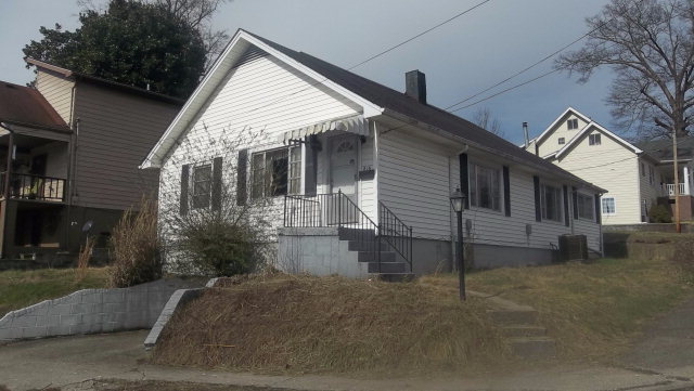 816 Perry Ave